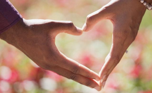 Jangan Hanya Sabar, Lakukan Juga 7 Hal Berikut ini Biar Hubunganmu Bisa Bertahan