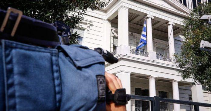 Ο εσωτερικός υβριδικός πόλεμος ο μεγαλύτερος εχθρός της Ελλάδας