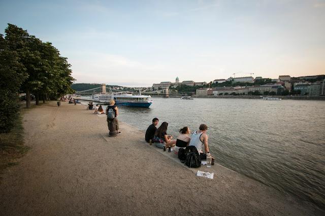 Vista lungo il Danubio dal ponte delle catene-Budapest