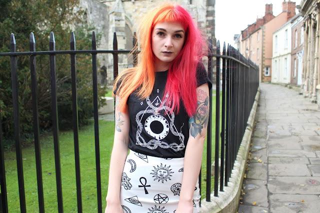 Tarc-Clothing Alternative Style Blogger