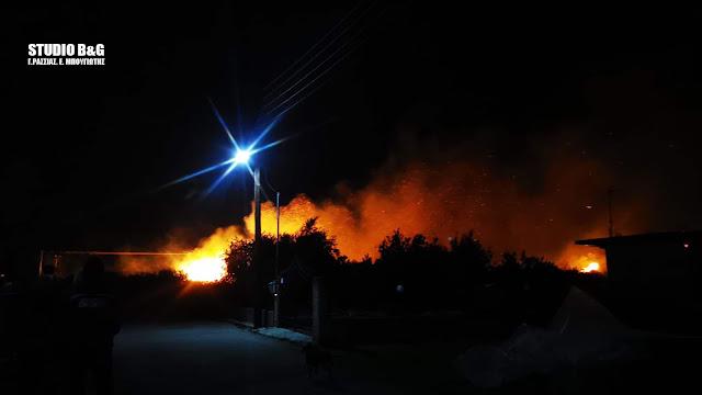 Κόλαση φωτιάς με θυελλώδεις ανέμους στους Μύλους Αργολίδας
