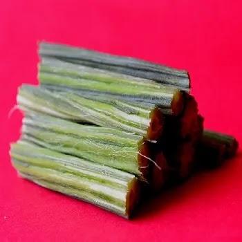 शेवग्याच्या शेंगा, drumstick vegetables name in Marathi