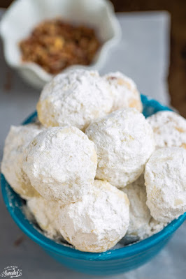 Classic Pecan Snowball Cookies Mexican Wedding Cookies