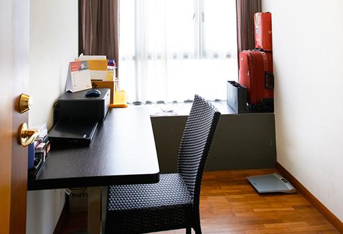 Fortville 1 Bedroom + Study