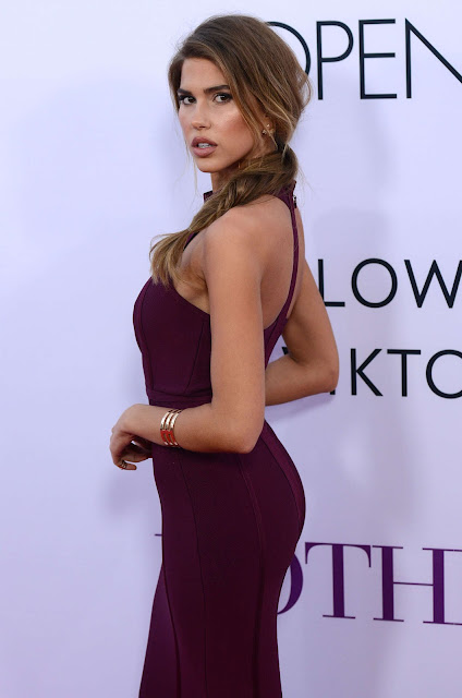 Kara Del Toro – 'Mother's Day' Premiere