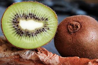 Ce vitamine contine kiwi? Valori nutritionale si calorii
