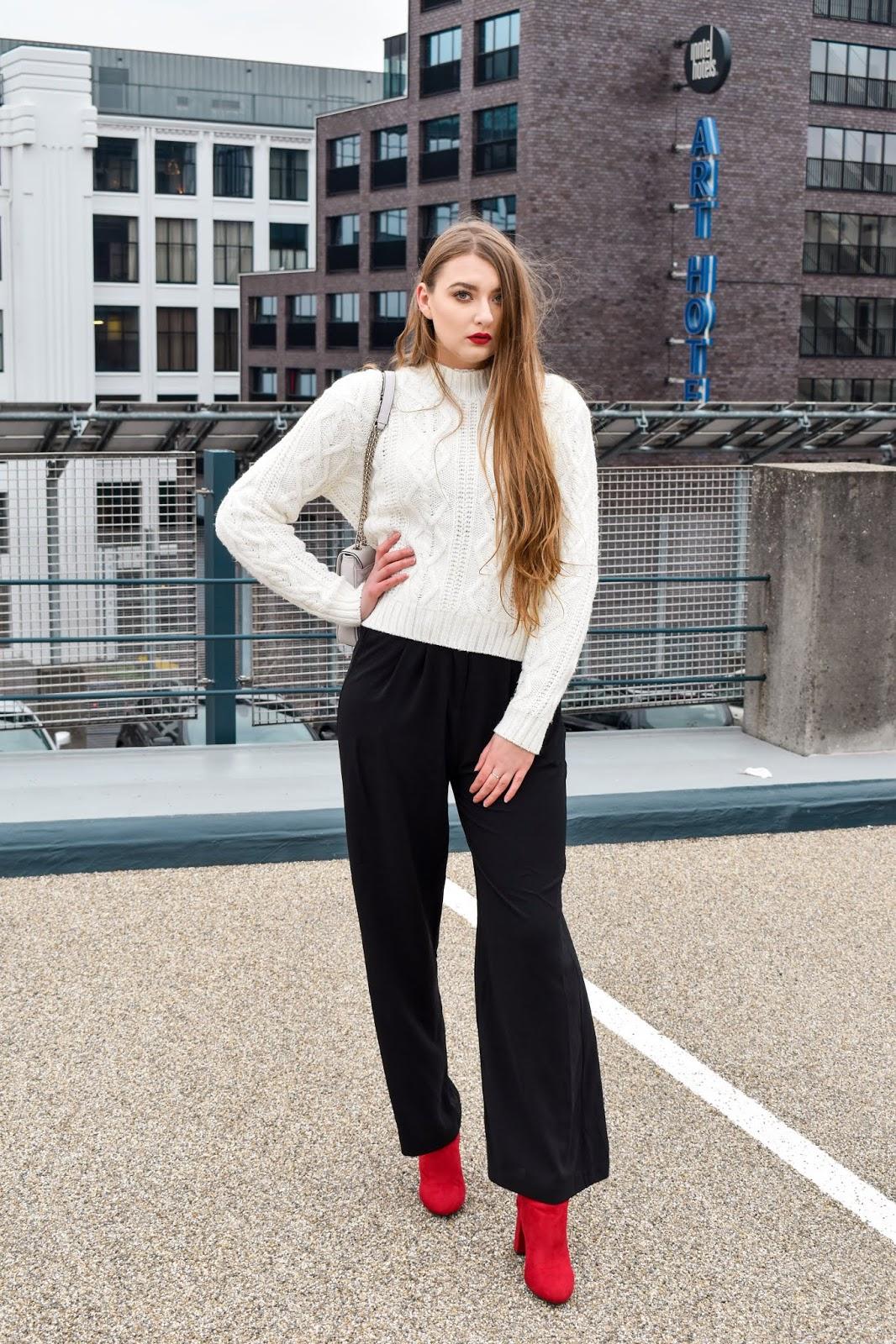 sweter i eleganckie spodnie