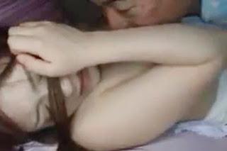Ayah tiri perkosa anak saat tidur