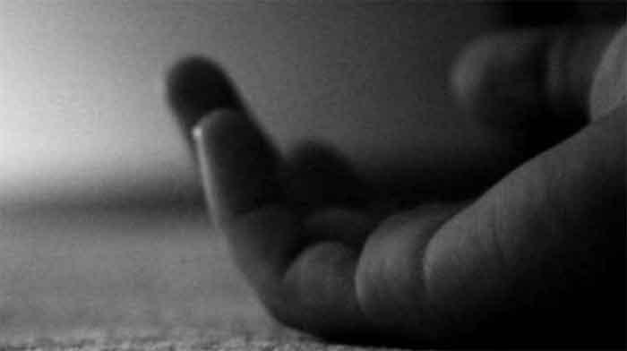 Kannur, News, Kerala, Top-Headlines, Death, Police, Man found dead undergoing treatment due to illness