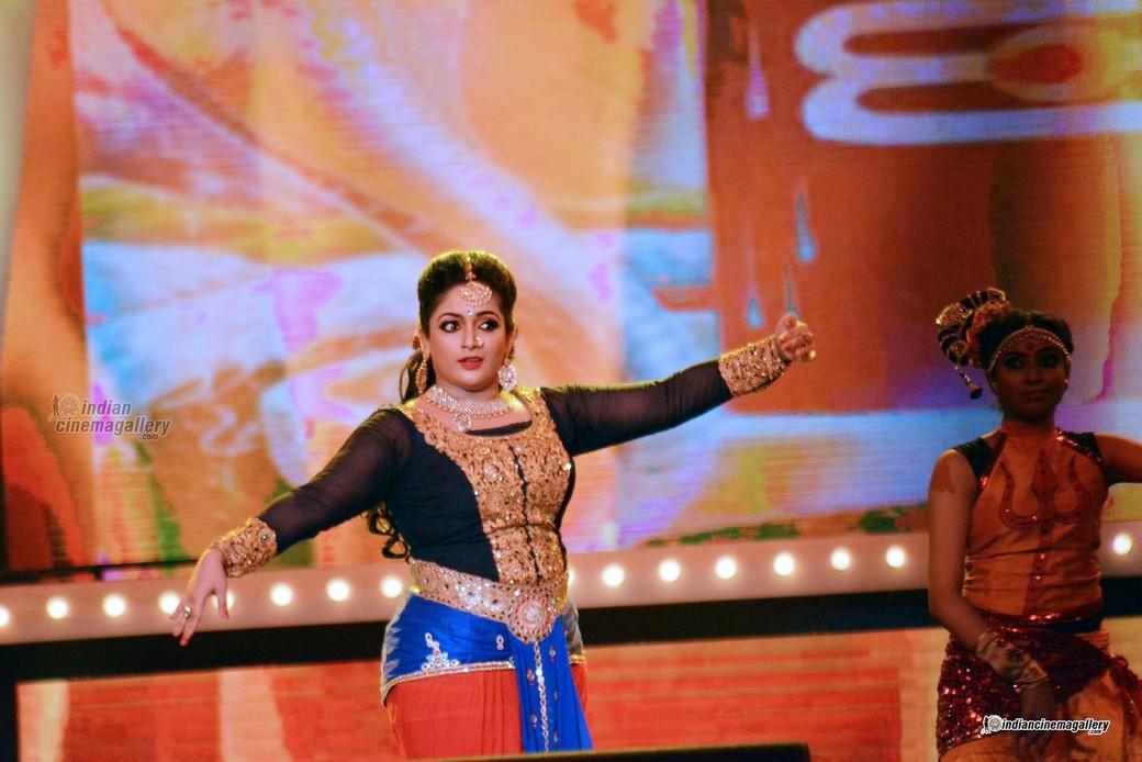 Cinema Daddy Kavya Madhavan Latest Stills: Mallufun.com: Kavya Madhavan