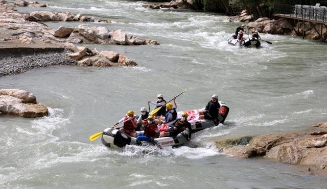 Türkiye'deki En İyi Rafting Alanları