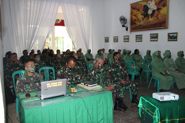 Kumdam IV Diponegoro Memberi Penyuluhan Hukum Di Kodim 0702 Purbalingga