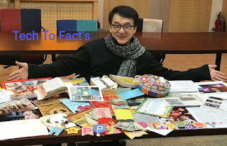 What is the monthly income of Jackie Chan?