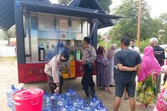 Polsek Masamba Bersama Team Water Treatment Sat Brimobda Sulsel, Salurkan Air Bersih
