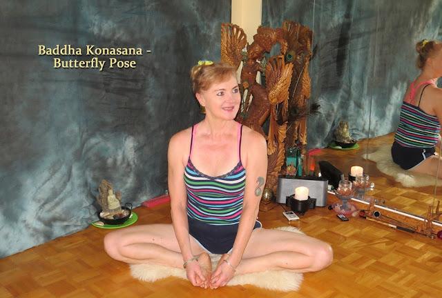Butterfly pose (Buddha konasana)