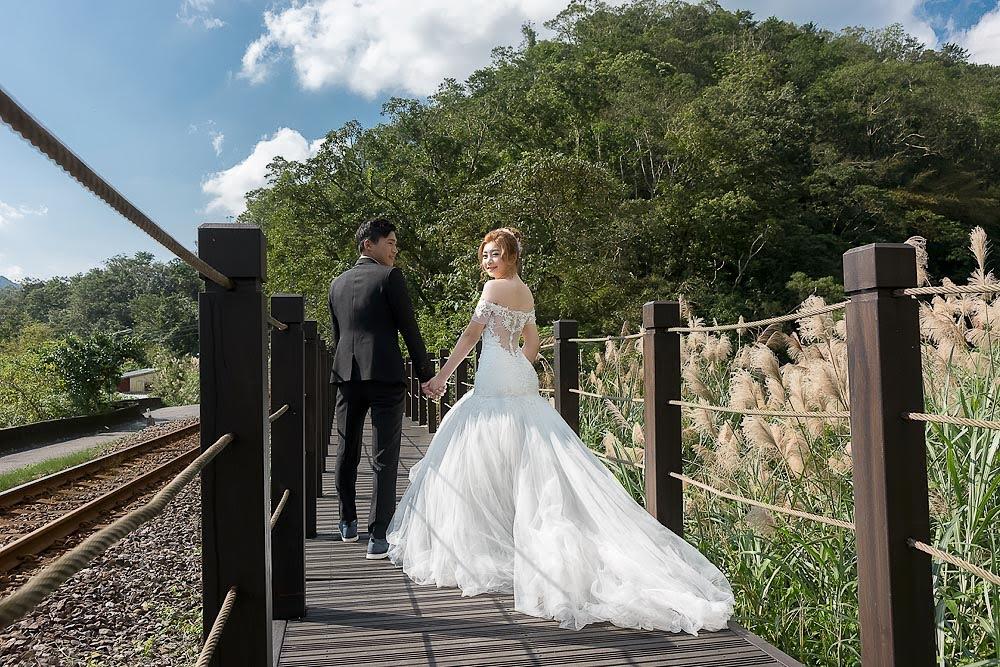 自助婚紗 | 婚紗 | 自主婚紗 | 台北婚紗 | 平溪鐵道 | 望古瀑布 | 菁桐煤礦紀念公園 |