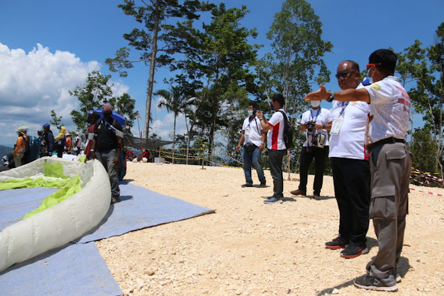 Ketua Paralayang Indonesia, Wahyu Yudha Puji Arena PON XX Papua .lelemuku.com.jpg