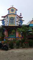 sewa villa murah di puncak 2 kamar tidur unik, villa cartoon kota bunga