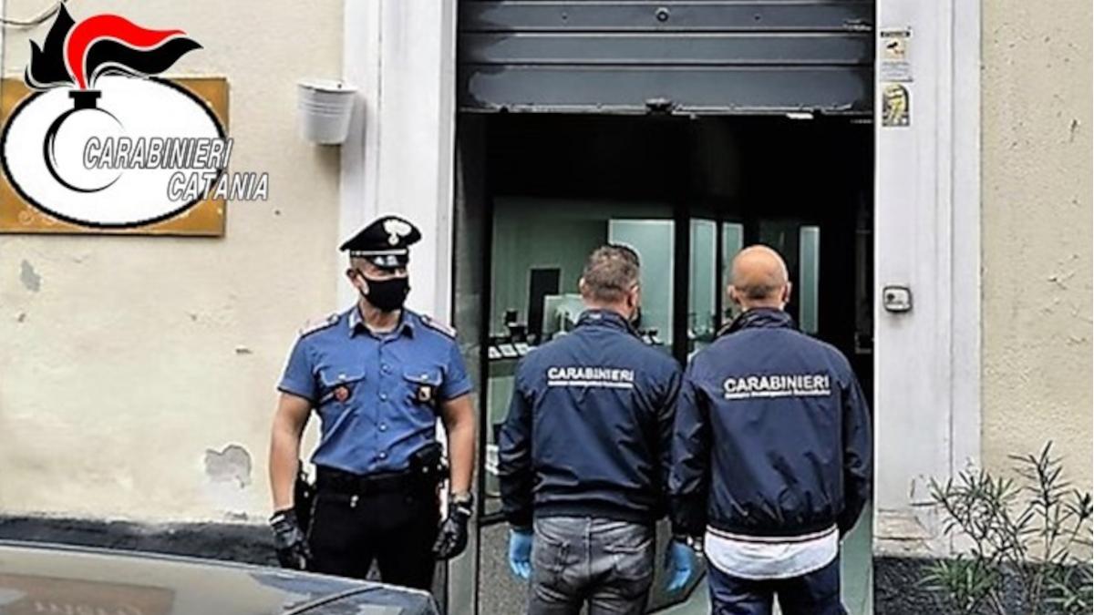 Aggresione gioielleria via Oliveto Scammacca Carabinieri