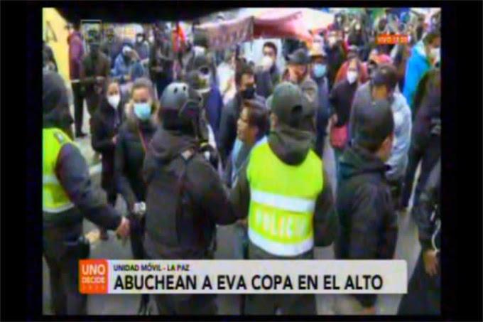 """Sacan custodiada a Eva Copa en El Alto, le gritan """"fuera de aquí asquerosa maleante,  Ciudad Satélite se respeta"""""""