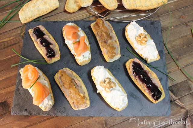 Tostas variadas de queso y foie-gras. Julia y sus recetas