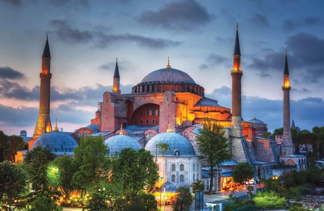 Αγία Σοφία: Η τοιχογραφία της Παναγίας που σκότωνε τούρκους