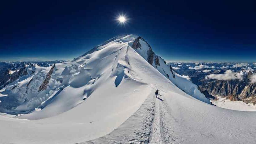 Le mont Blanc bientôt rebaptisé «grand Mont» car son nom est un «symbole d'oppression»? fake news pour se moquer de la décision de L'Oréal