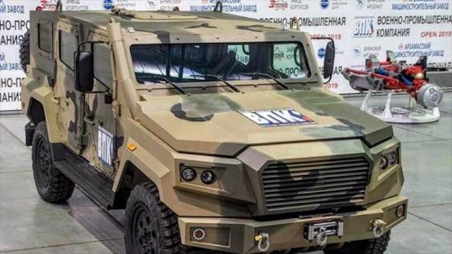 ¿En qué supera el blindado 'Flecha' de Rusia al Humvee de EEUU?