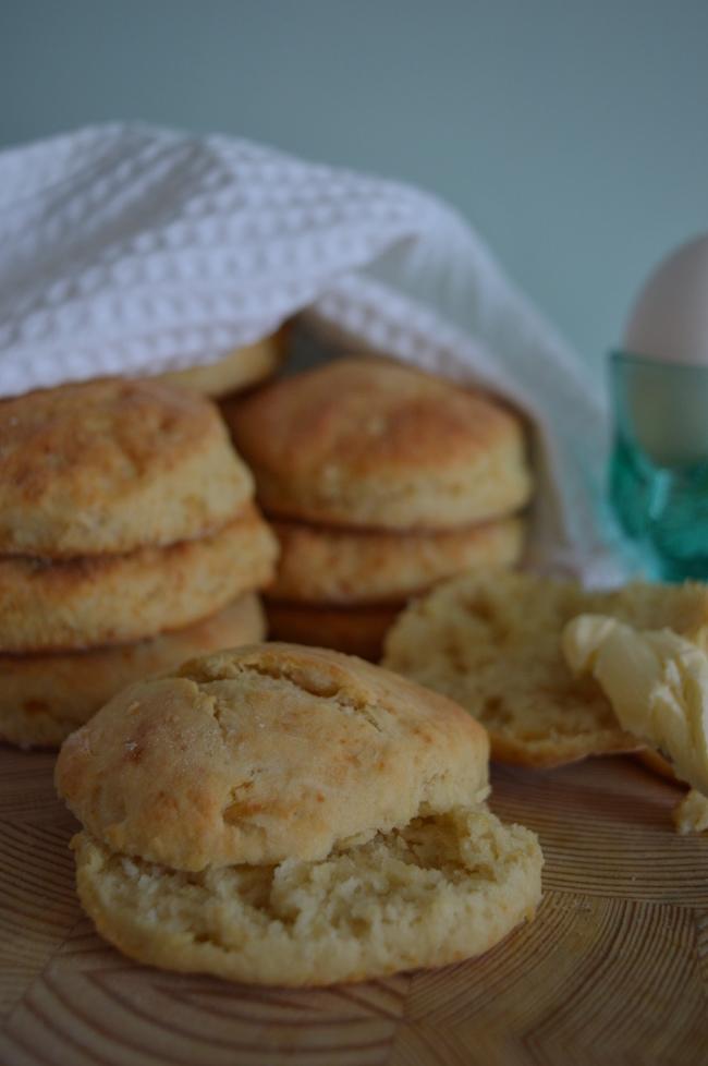 piimä-bisketit, suolainen leivonnainen