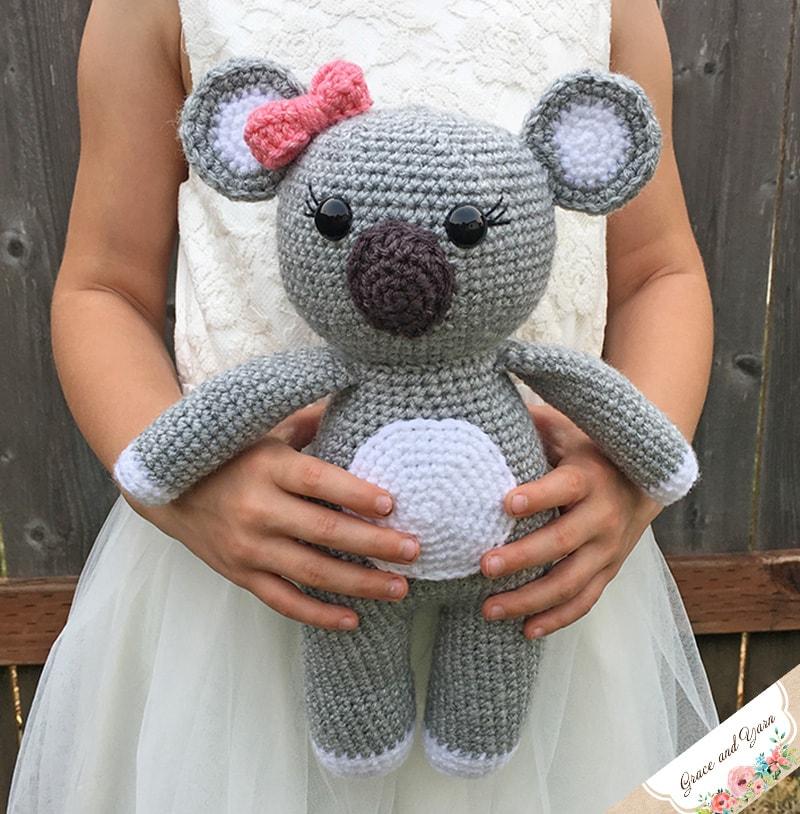 The Classic Teddy Bear Crochet Pattern by Darling Jadore ... | 814x800