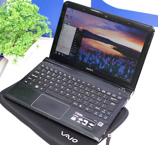 Sony Vaio SVE11135CVB - Laptop Bekas