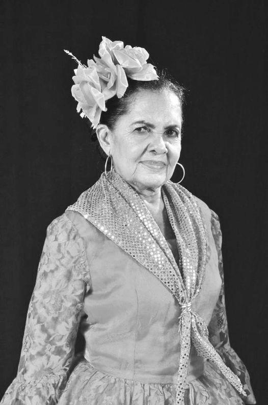 https://www.notasrosas.com/ 'La Comae Pipi, su vida es una flor y su eterna danza de Carnaval
