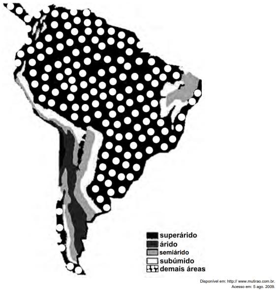 ENEM 2009: Na figura, observa-se uma classificação de regiões da América do Sul segundo o grau de aridez verificado.