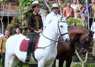 Foto Jokowi dan Prabowo