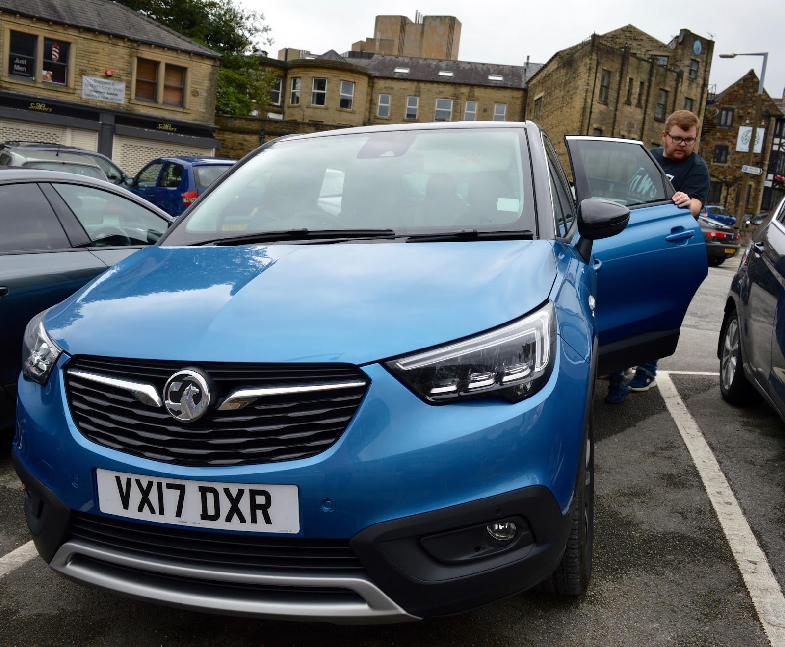 5 Reasons the Vauxhall Crossland X is an ideal car for solo drivers and a good option for a second family car