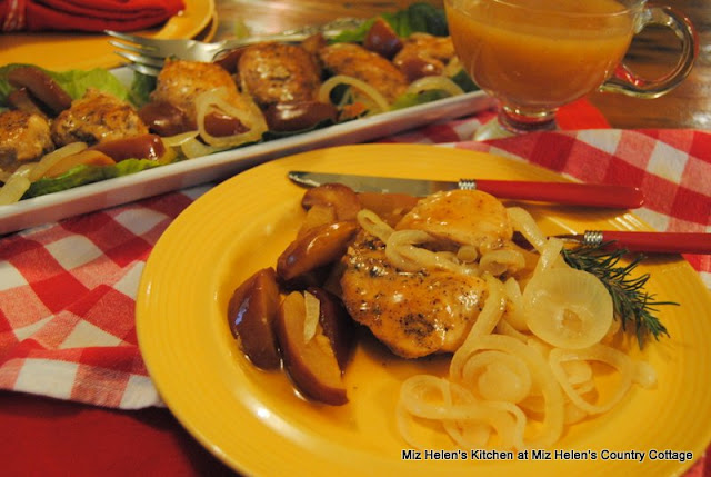 Apple Cider Chicken at Miz Helen's Country Cottage