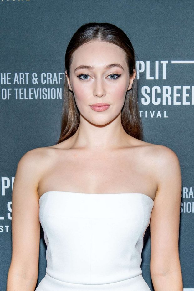 Alycia Debnam-Carey Latest Hot Photos
