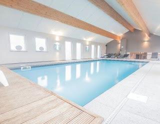 معنى حلم حمام السباحة,تفسير رؤية المسبح في المنام العصيمي