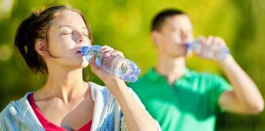 Ini Dia Cara Diet Alami Dengan Minum Air Putih