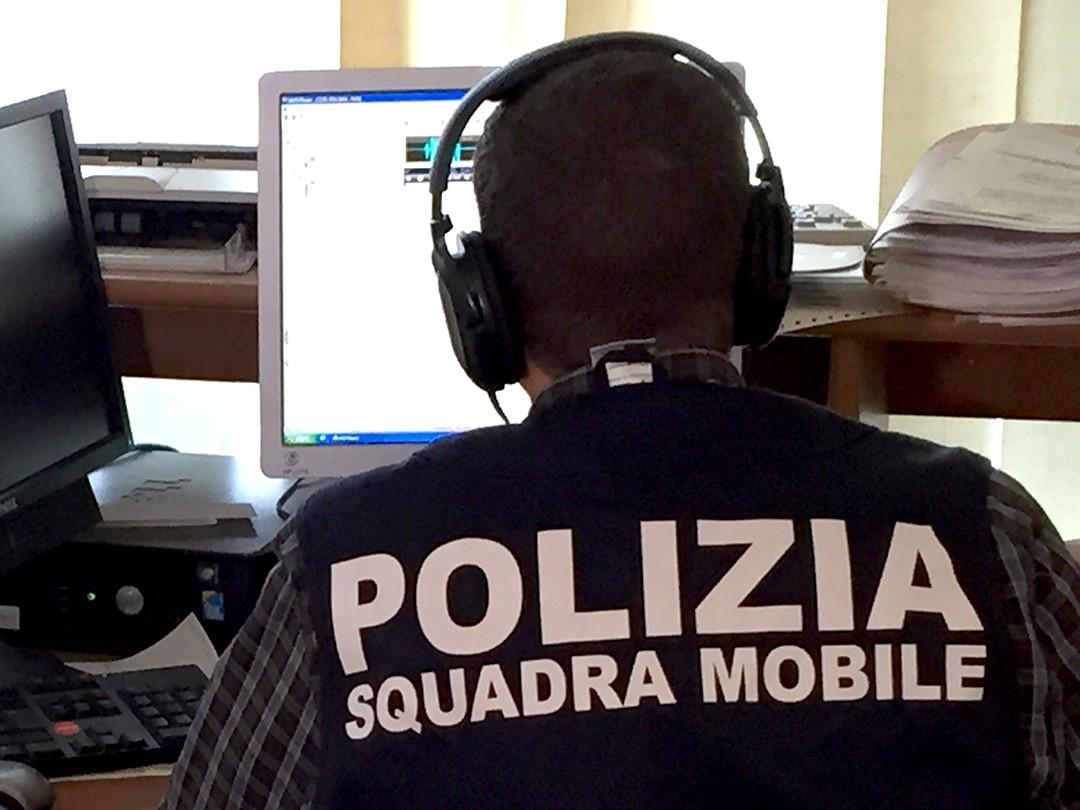 Polizia truffatore centro