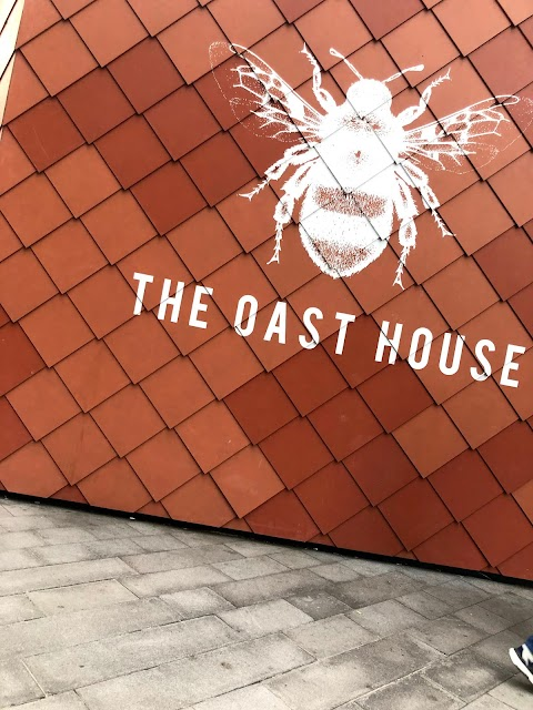 5 Minutes in Manchester - The Oast House