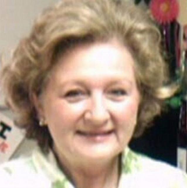 Maestra despedida por examen y ejemplos racistas y violentos
