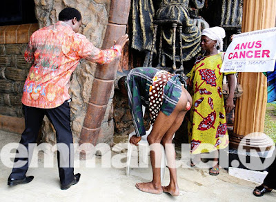 Graphics: Shoots Protruded Anus Back To Place During TB Joshua's Prayer