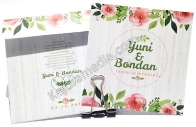 undangan nikah motif bunga elegan