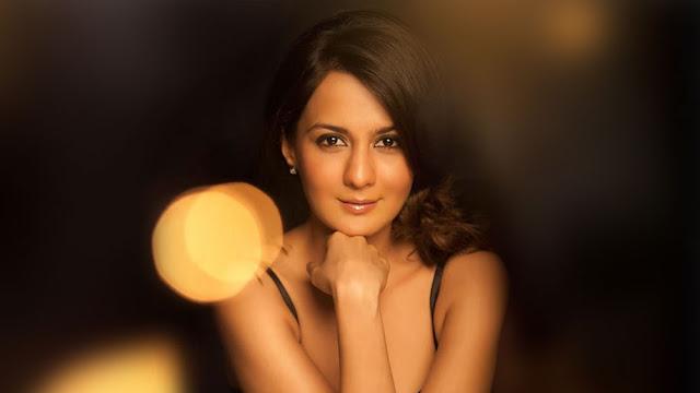 Actress Pooja Ruparel Hot Photos Navel Queens