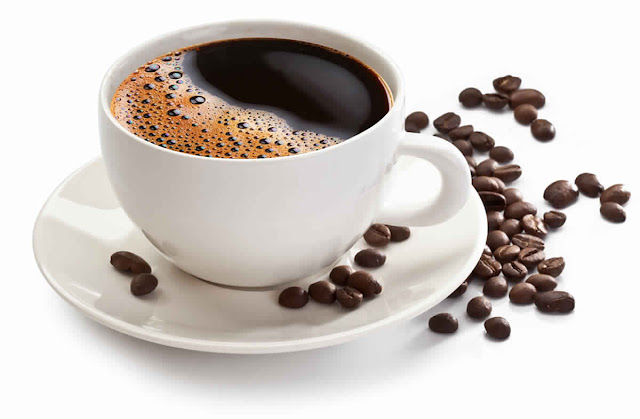 Buvez-vous du café le matin sur un estomac vide?