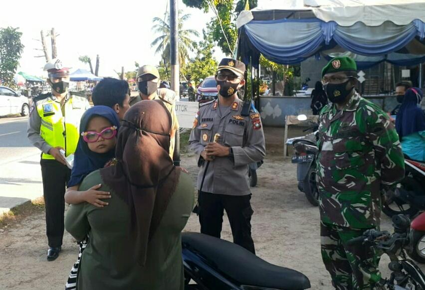 Danramil 01/Ranai Pimpin Apel Bersama Dalam Rangka Operasi Yustisi Penegakan Perbup No 51 Tahun 2020
