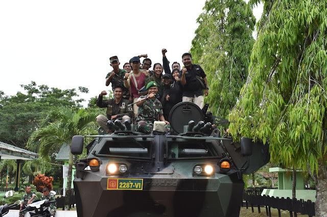 Panser Anoa Siap Diturunkan Evakuasi Korban Banjir