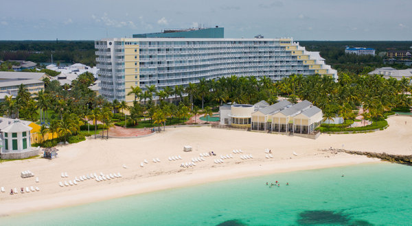 Grand Lucayan strikes the perfect balance between the luxuries of a modern-day resort and the magic of one steeped in Bahamian culture.