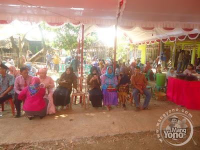 FOTO 1 : Pesta Pernikahan Neng Rita Dengan Jang Riki di Pagaden Barat